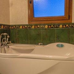 Отель Luxury Villa Karteros ванная фото 2