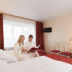 Амакс Премьер Отель Стандартный номер разные типы кроватей фото 33