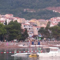 Apartments Pod Lozom in Petrovac, Montenegro from 82$, photos, reviews - zenhotels.com beach photo 2