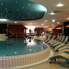 Отель Mauritius Hotel & Therme Германия, Кёльн - отзывы, цены и фото номеров - забронировать отель Mauritius Hotel & Therme онлайн бассейн фото 3