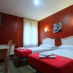 Отель Hostal Regio Номер категории Эконом с различными типами кроватей фото 14