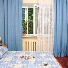 Гостиница Казацкий на Антонова комната для гостей фото 5