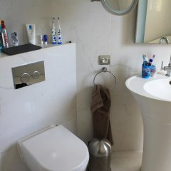 Отель California House Франция, Ницца - отзывы, цены и фото номеров - забронировать отель California House онлайн ванная фото 2