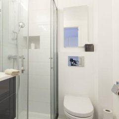 Отель Be&Be Sablon 12 Бельгия, Брюссель - отзывы, цены и фото номеров - забронировать отель Be&Be Sablon 12 онлайн ванная