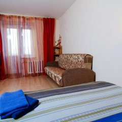 Гостиница April on Karla Marksa комната для гостей фото 4