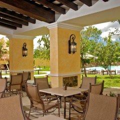 Отель Courtyard By Marriott Cancun Airport вид на фасад фото 2