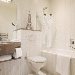 Отель B Montmartre 4* Стандартный номер с различными типами кроватей фото 6