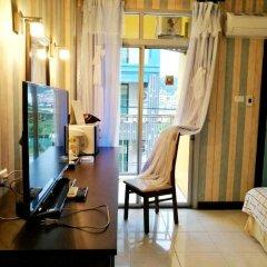 Отель B & L Guesthouse 3* Улучшенный номер с разными типами кроватей фото 4
