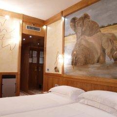 Hotel Star 3* Улучшенный номер с 2 отдельными кроватями