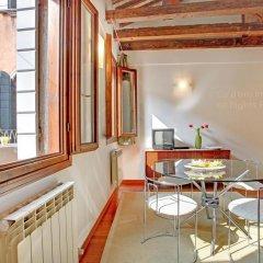 Апартаменты Grimaldi Apartments – Cannaregio, Dorsoduro e Santa Croce Апартаменты с различными типами кроватей фото 10
