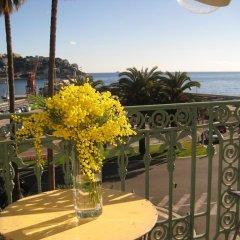 Отель Coco Palais Bellevue Франция, Ницца - отзывы, цены и фото номеров - забронировать отель Coco Palais Bellevue онлайн балкон