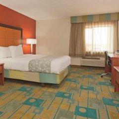Отель La Quinta Inn & Suites Meridian 2* Стандартный номер с различными типами кроватей