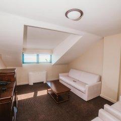 Hotel Astoria 4* Люкс с различными типами кроватей фото 7