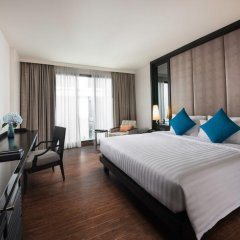 Mövenpick Hotel Sukhumvit 15 Bangkok 4* Улучшенный номер с различными типами кроватей