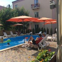 Гостиница Holin Holl Украина, Бердянск - отзывы, цены и фото номеров - забронировать гостиницу Holin Holl онлайн бассейн фото 2
