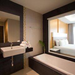 Отель Chanalai Hillside Resort, Karon Beach 4* Улучшенный номер с двуспальной кроватью фото 4