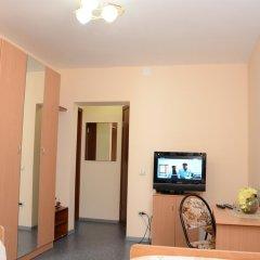 Фианит Отель Стандартный номер с 2 отдельными кроватями фото 4