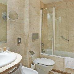 Отель NH Barcelona La Maquinista 3* Стандартный номер с различными типами кроватей фото 3