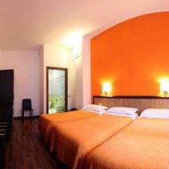 Lux Hotel Durante 2* Стандартный номер с различными типами кроватей фото 4