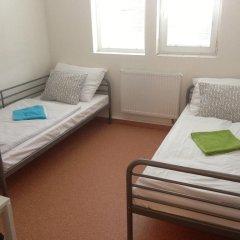 Hostel Bohemia Кровать в общем номере с двухъярусной кроватью фото 3