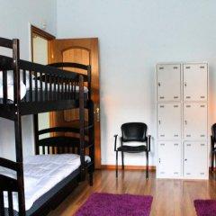 A&S Hostel Franko Кровать в мужском общем номере с двухъярусной кроватью