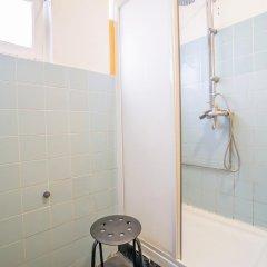 Vistas de Lisboa Hostel Кровать в общем номере с двухъярусной кроватью фото 14