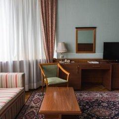Президент-Отель 4* Номер Делюкс с двуспальной кроватью фото 14