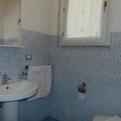 Отель B&B Syracusae Италия, Сиракуза - отзывы, цены и фото номеров - забронировать отель B&B Syracusae онлайн ванная