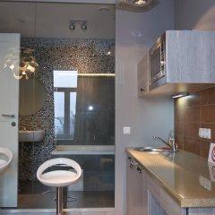 Гостиница Partner Guest House Khreschatyk 3* Улучшенные апартаменты с различными типами кроватей фото 11