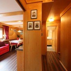 Отель Appartamenti Costa Burjada Корвара-ин-Бадия комната для гостей фото 2