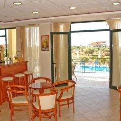Hotel Alkionis гостиничный бар