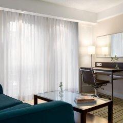 Renaissance Amsterdam Hotel 5* Номер Делюкс с двуспальной кроватью фото 3