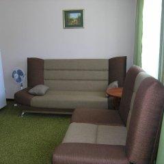 Гостиница Центральная комната для гостей фото 2