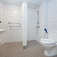 Omena Hotel Helsinki Lonnrotinkatu Хельсинки ванная фото 2