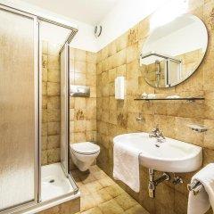 Отель Garni Weghueb Парчинес ванная фото 2