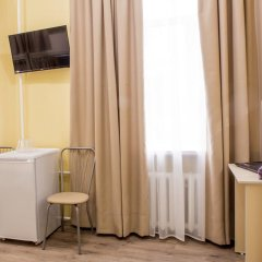 Хостел Евразия Кровать в общем номере с двухъярусной кроватью