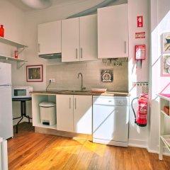 Апартаменты Localtraveling ALFAMA River View - Family Apartments в номере