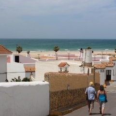 Отель Apartamento Cadiz Испания, Кониль-де-ла-Фронтера - отзывы, цены и фото номеров - забронировать отель Apartamento Cadiz онлайн пляж