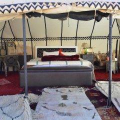 Отель Desert Luxury Camp Марокко, Мерзуга - отзывы, цены и фото номеров - забронировать отель Desert Luxury Camp онлайн комната для гостей фото 2