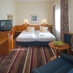 Best Western Ambassador Hotel 3* Стандартный номер с различными типами кроватей
