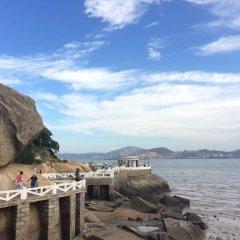 Отель Shuiyunjian Seaside Homestay Китай, Сямынь - отзывы, цены и фото номеров - забронировать отель Shuiyunjian Seaside Homestay онлайн приотельная территория