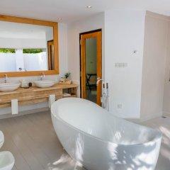 Отель Kihaad Maldives 5* Вилла с различными типами кроватей фото 48