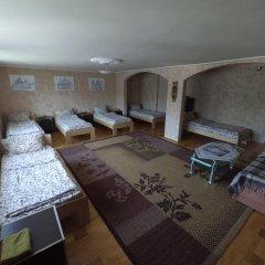 Хостел StareMisto Кровать в общем номере двухъярусные кровати фото 2