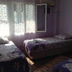 Nur Pension Кровать в мужском общем номере с двухъярусной кроватью