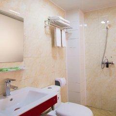 Отель Xianyang Fu Rui Inn Китай, Сяньян - отзывы, цены и фото номеров - забронировать отель Xianyang Fu Rui Inn онлайн ванная фото 2