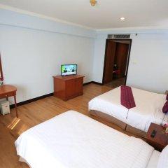 Karnmanee Palace Hotel 4* Номер Делюкс с различными типами кроватей фото 2