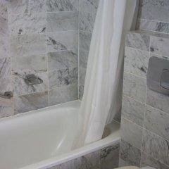 Trianon Hotel 2* Номер категории Эконом с различными типами кроватей фото 5