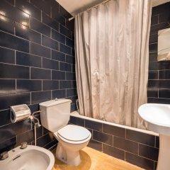 Отель Apartaments AR Borodin Испания, Льорет-де-Мар - отзывы, цены и фото номеров - забронировать отель Apartaments AR Borodin онлайн ванная