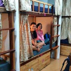 Отель Rest Inn Dormitory Guest House Таиланд, Бангкок - отзывы, цены и фото номеров - забронировать отель Rest Inn Dormitory Guest House онлайн фитнесс-зал