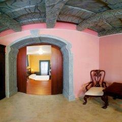 Отель Prague Golden Age Номер с общей ванной комнатой фото 23